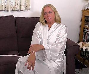 Granny fucks her clit with ladle